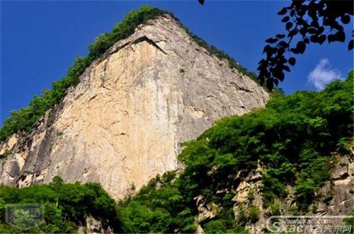 青峰峡森林公园3.jpg