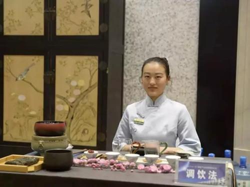 """自古岭北不产茶,唯有泾阳出茯茶""""旅行宝邀您走进茯茶小镇,体验制茶乐趣"""