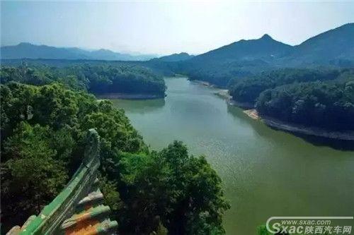 汉中南湖2.webp.jpg