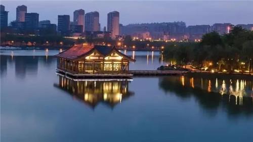 曲江南湖1.webp.jpg
