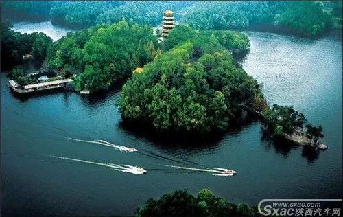 汉中南湖1.webp.jpg